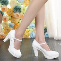 女高跟鞋防水台白