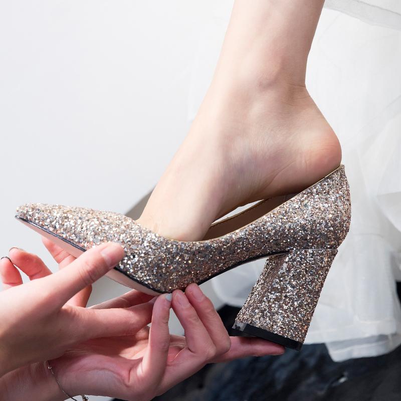 高跟婚鞋金色