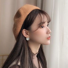 Beret female autumn and winter Korean version Japanese wild casual British retro student hat cute fashion 蓓 帽 hat winter
