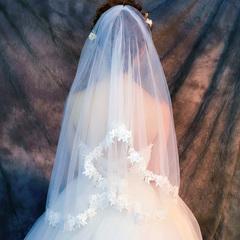 米白色婚纱头纱
