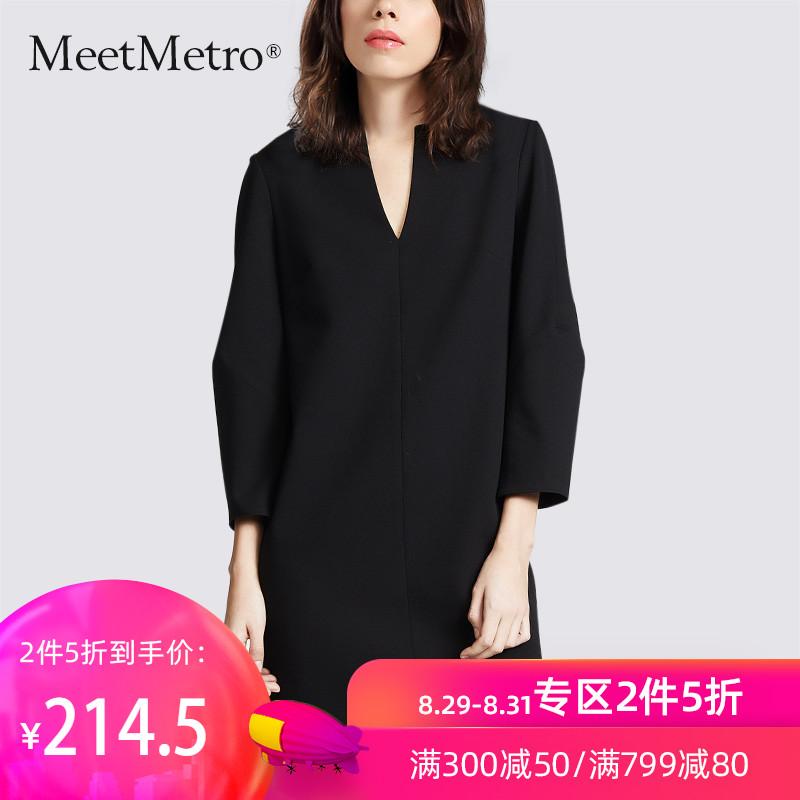 MeetMetro黑色连衣裙女2019秋装新款潮中长款小黑裙气质V领裙子