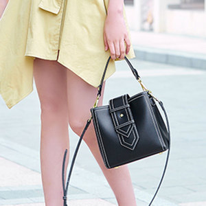 凡思曼小包包新款潮韩版时尚简约大气百搭手提包单肩斜挎水桶女包