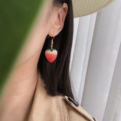 烧耳 72日韩国可爱DIY红草莓时尚大气红色s925银针适合圆脸耳夹