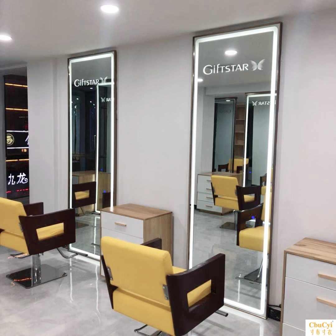 Туалетные столики с зеркалом для салонов Артикул 598088180164