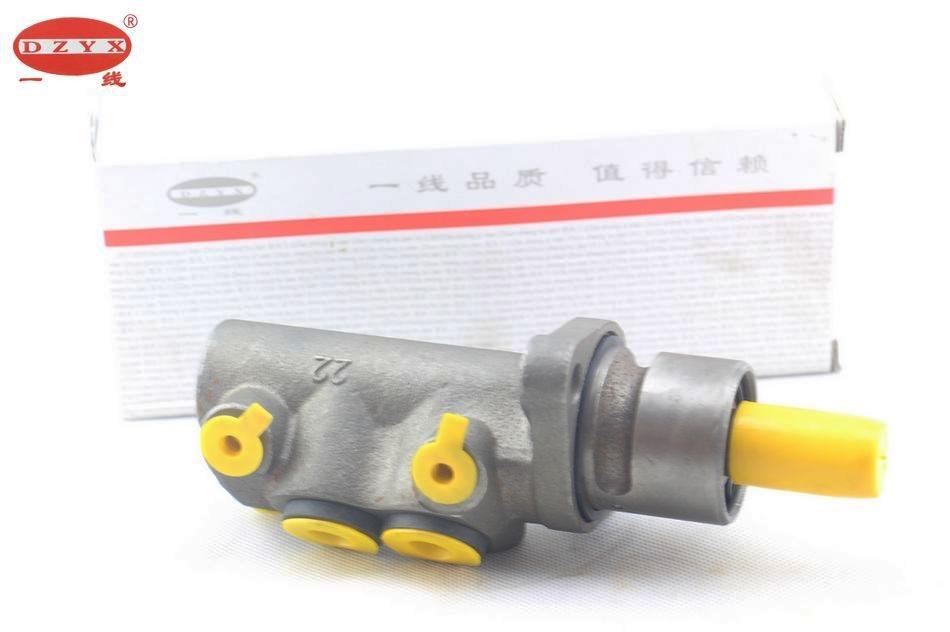 普桑塔纳99新秀2000时代超人3000志俊刹车总泵制动液压泵 一线