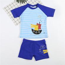 套装 热销夏季沙滩男童分体泳衣套装 卡通印花设置圆领上衣泳裤图片