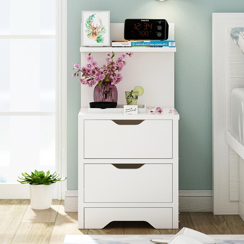 小型家用床头柜
