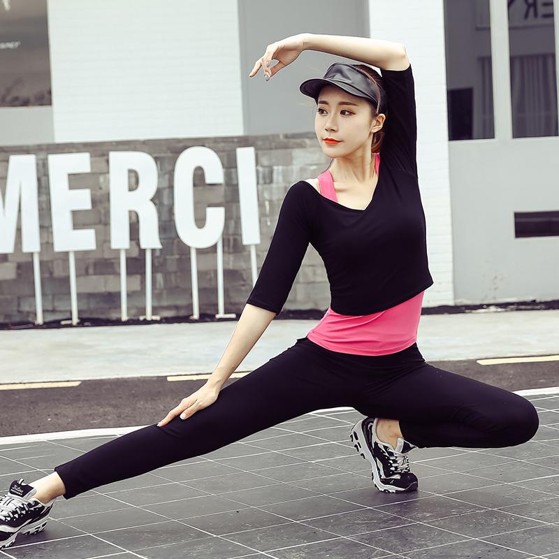 瑜伽服套装女2018新款显瘦健身房跑步速干衣专业运动初学者瑜珈服