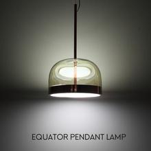 赤道灯餐厅吊灯玻璃创意个性现代简约床头卧室吧台北欧设计师灯具
