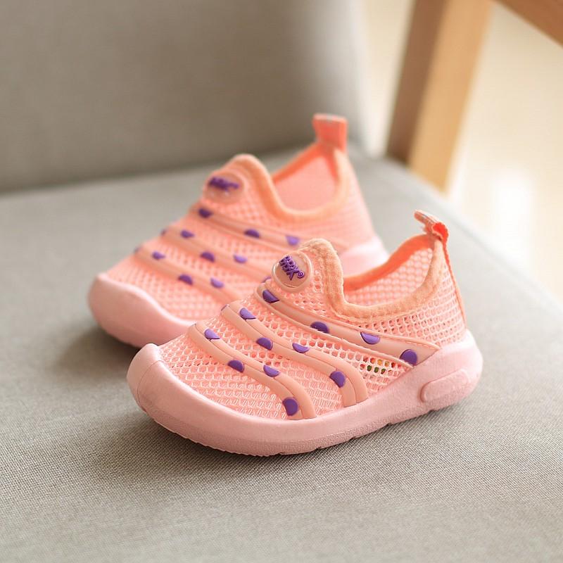 幼儿软底布鞋