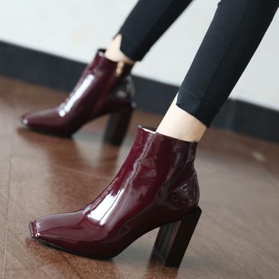 气质方头漆皮短靴女2017秋季新款粗跟及踝靴酒红色复古高跟靴子潮