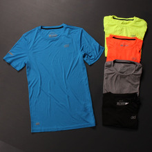 为跑步而生超薄马拉松弹力丝滑反光标速干柔软运动短袖T恤夏装
