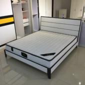 现代简约北欧板式床1.5米1.8米双人床经济型卧室出租房组装 特价