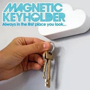 云朵磁铁收纳钥匙扣 吸钥匙器墙壁磁性收纳挂架 家用防丢钥匙挂钩