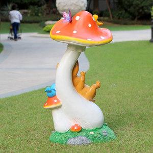 殷迪芳 户外大蘑菇雕塑仿真植物园林装饰品幼儿园学校玻璃钢摆件