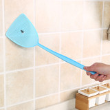 Summer plastic fly swatter manual large household long handle thickened fly fly bat fly fly mosquito fly swatter