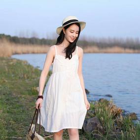 西缺原创 文艺复古 中长款刺绣纯棉吊带连衣裙女春夏内搭打底裙子