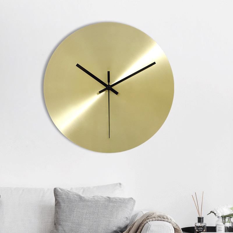 北欧丹麦极简超薄金属挂墙钟表家用客厅挂钟铁艺金色个性家居钟饰