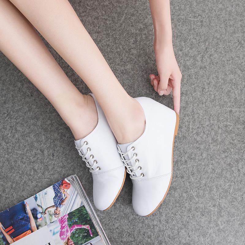 春秋坡跟系带单鞋
