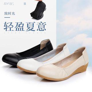 夏季新款奧古斯都女鞋真皮舒适跟圆头单鞋中跟浅口护士小白妈妈鞋