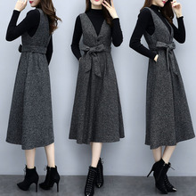2018 autumn and winter new large size women's two-piece suit strap skirt was thin fat mm straight dress western age
