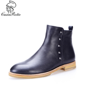 凯萨罗帝真皮短靴铆钉复古休闲冬春季圆头方低跟拼红色潮短筒女鞋