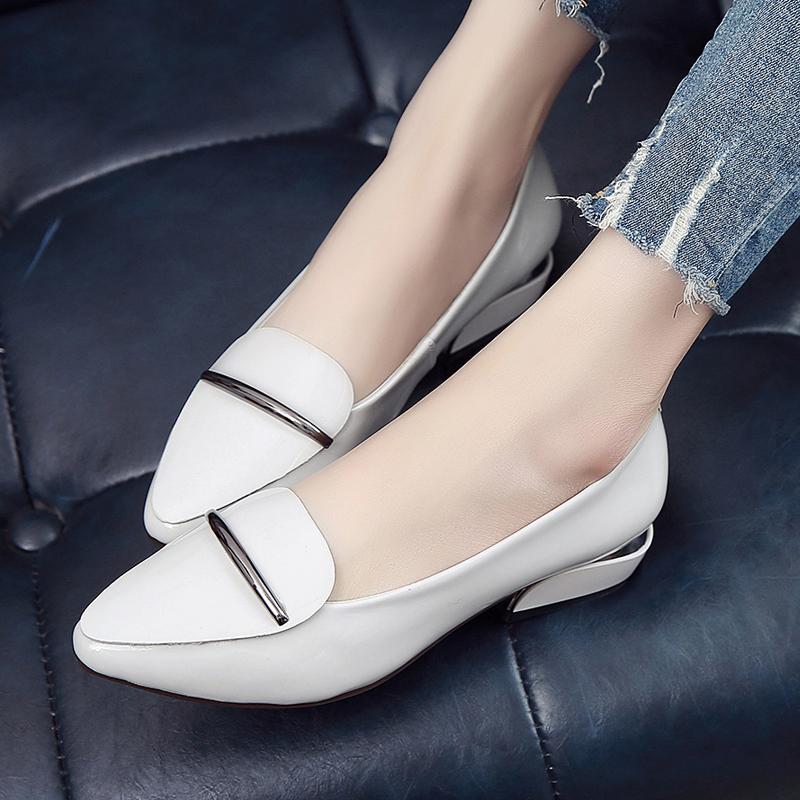 大码女鞋粗跟漆皮