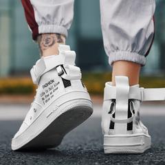 男高帮运动鞋