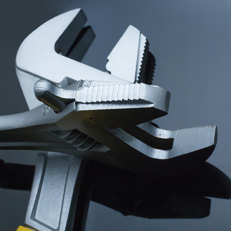 东工多功能扳手管钳自紧活动五金工具管活口两用12寸开口板子家用