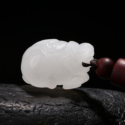 美脂润和田玉羊脂白玉貔貅吊坠男女款萌宠皮丘挂件宝宝天然玉石坠
