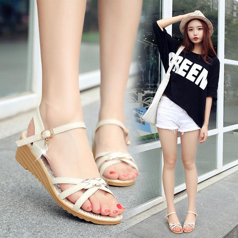沙滩坡跟罗马凉鞋女夏2019新款韩版百搭学生时尚波西米亚女鞋坡跟