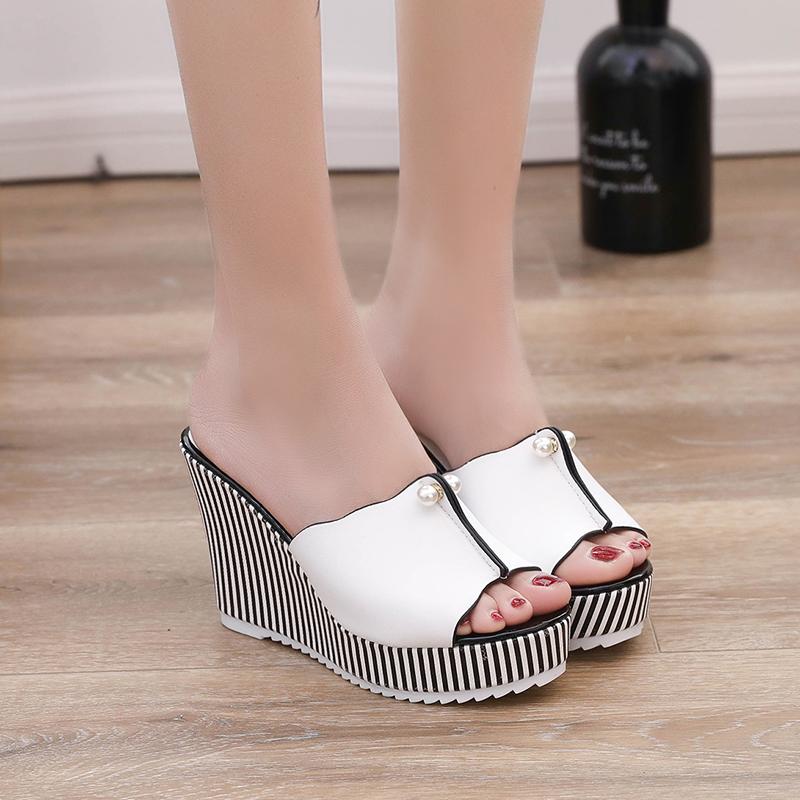 斑马纹拖鞋