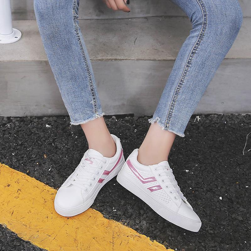 镂空透气小白鞋女18夏季新款chic百搭港味板鞋ins超火的牛皮女鞋