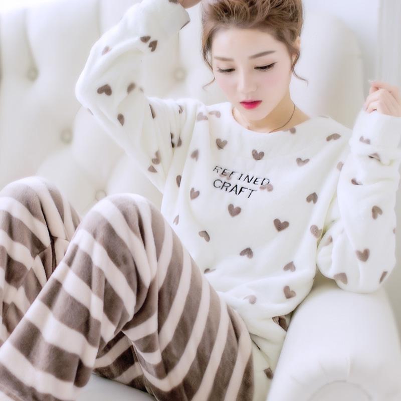 女冬睡衣套装
