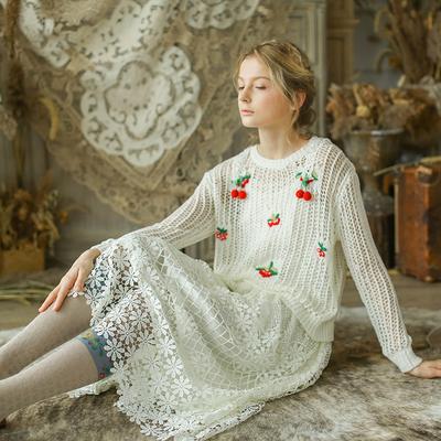 脸儿艺 森女 复古 秋冬 可爱果子清新钩花毛衣+吊带连衣裙两件套