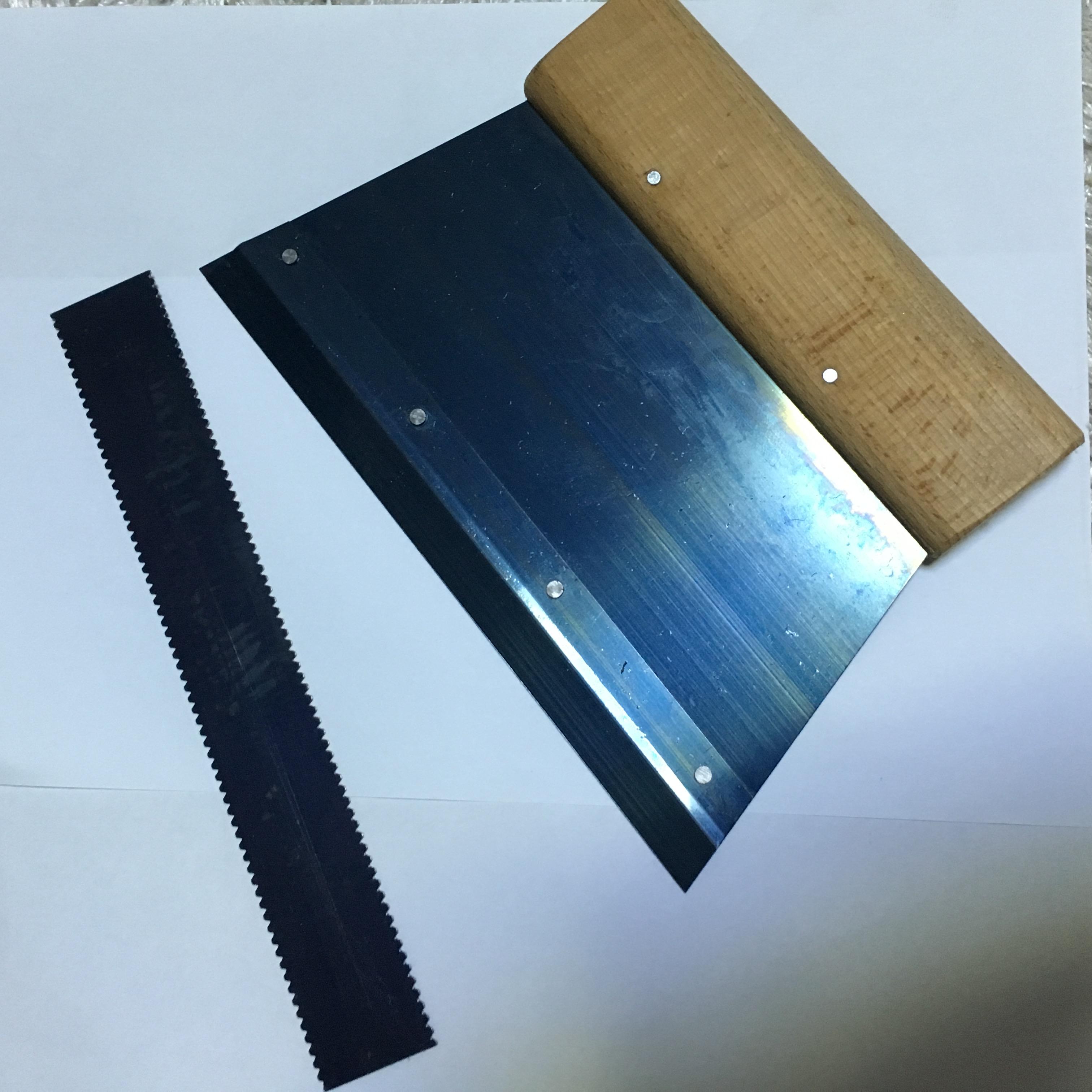 PVC施工工具 胶水刮板 刮胶板 运动地板 齿条锯齿尺子A2塑胶地板