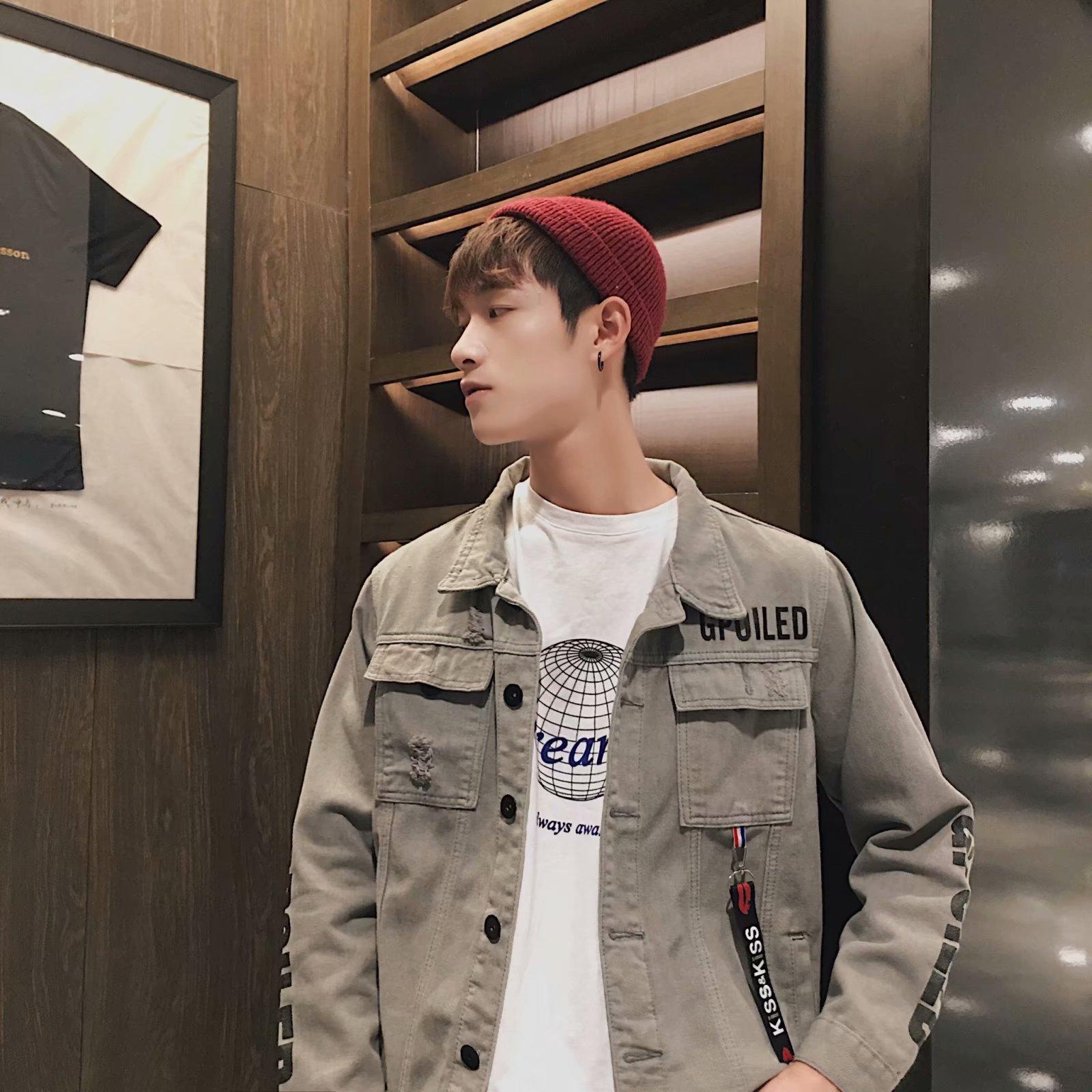 秋冬季2018新款破洞牛仔外套韩版宽松男士上衣青少年加绒夹克潮流图片