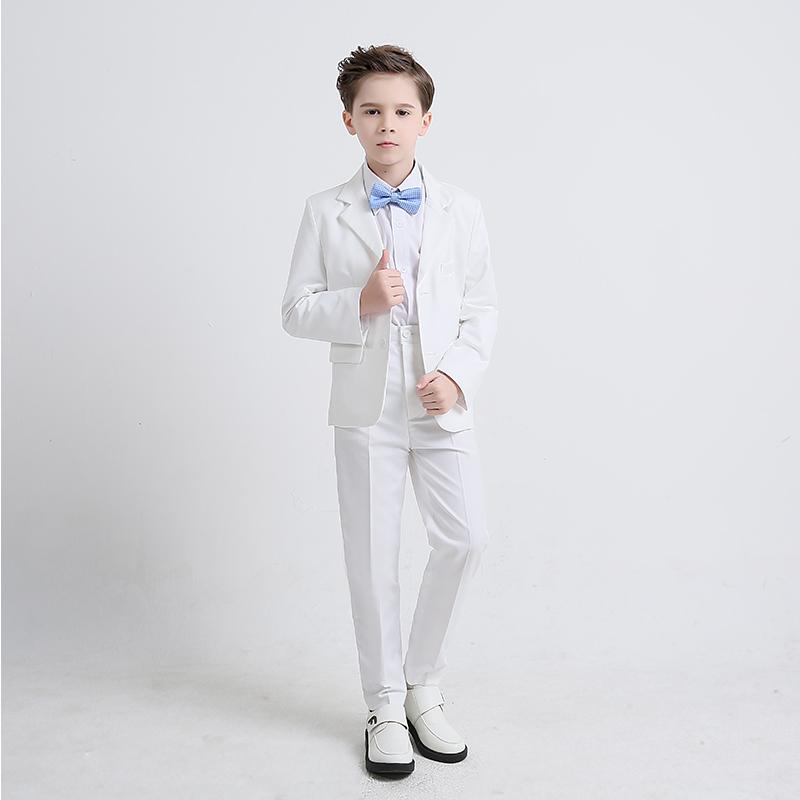 男童白色礼服
