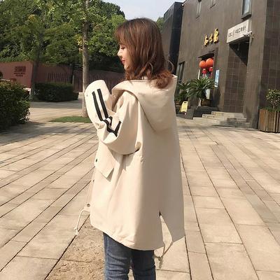 风衣女短款宽松早秋装2018新款潮收腰显瘦学生连帽小个子工装外套