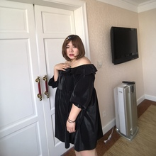 Long-sleeved A-shaped Pengpang dress with shoulder-necked, lotus-edged doll skirt