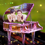 Happy Valentine's Day send girlfriend girl crystal piano music box eight-tone box creative honey wedding birthday gift