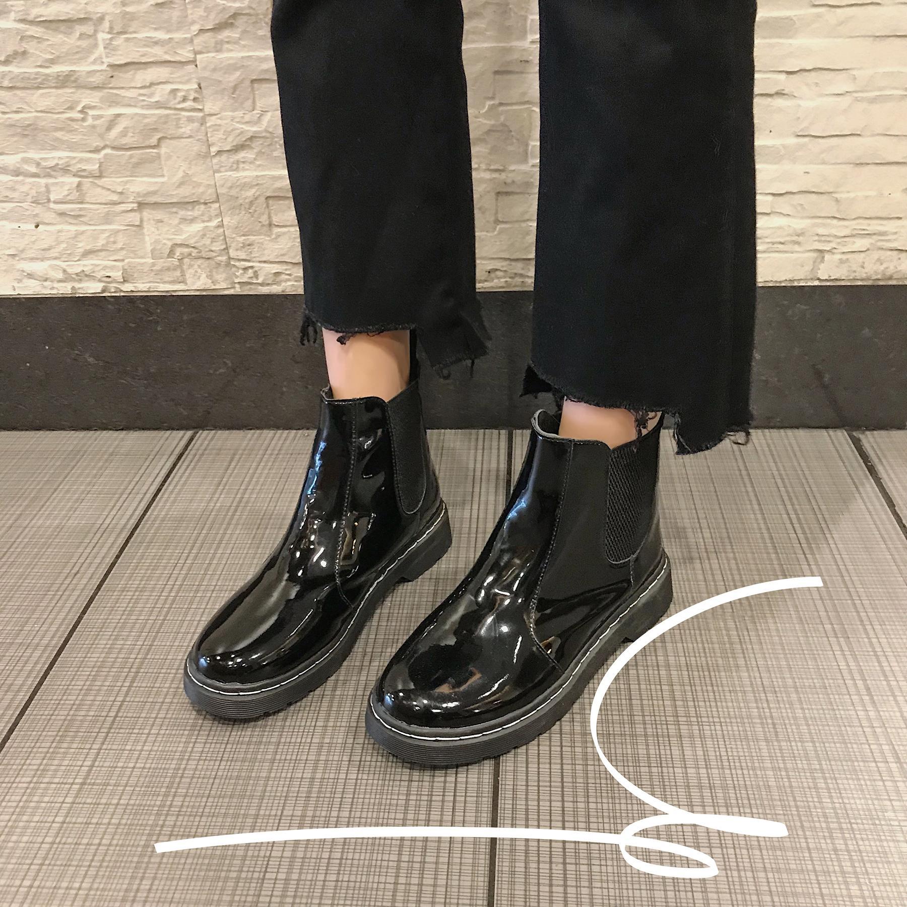 专柜正品冬季他她女鞋2018新款冬马丁靴女鞋学生百搭女靴子女平底