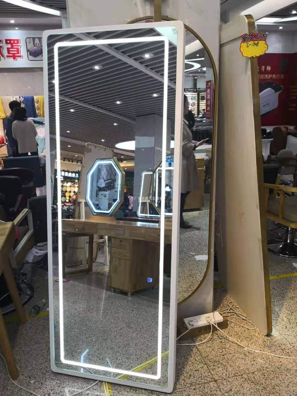 Туалетные столики с зеркалом для салонов Артикул 591658896258