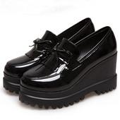 2019新款 复古女鞋 亮皮黑色漆皮单鞋 女鞋 春圆头厚底高跟鞋 坡跟皮鞋
