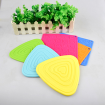 Han Chuang thermique isolation pad tapis triangle simple coussin coussin carré Table Mat mat bol avec pad de silicone PVC isolation