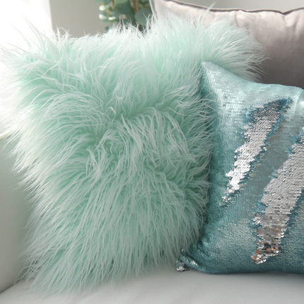 北欧长毛绒抱枕套含芯羊毛靠垫可爱ins沙发床头毛毛靠垫靠枕公主