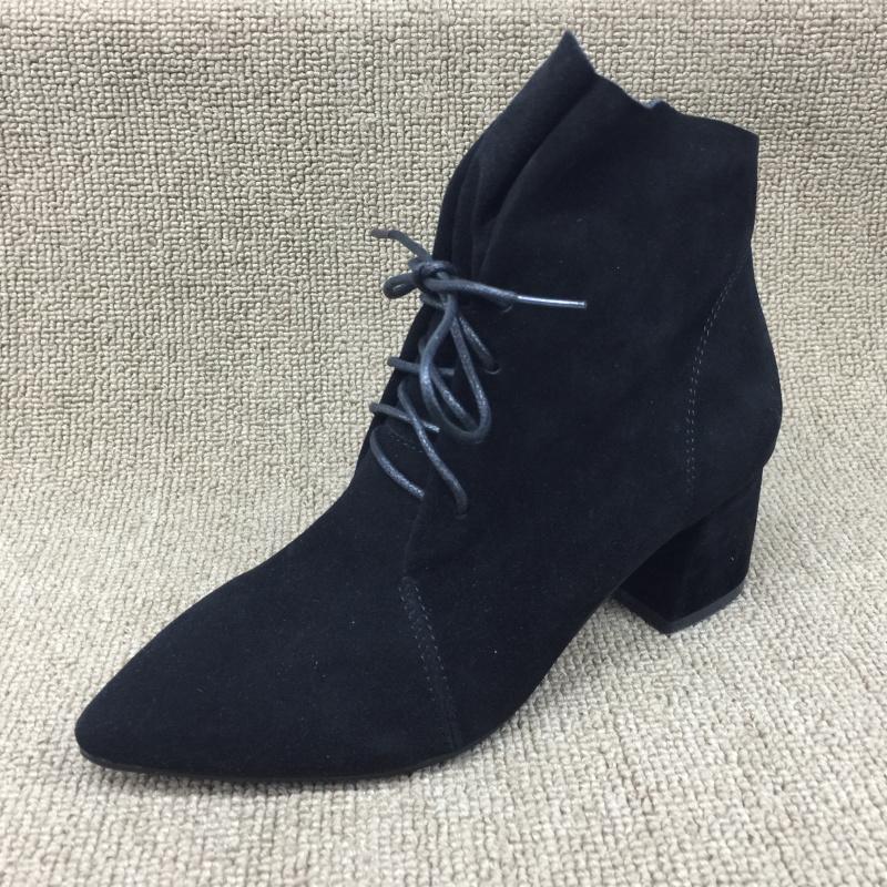 时尚款复古女靴
