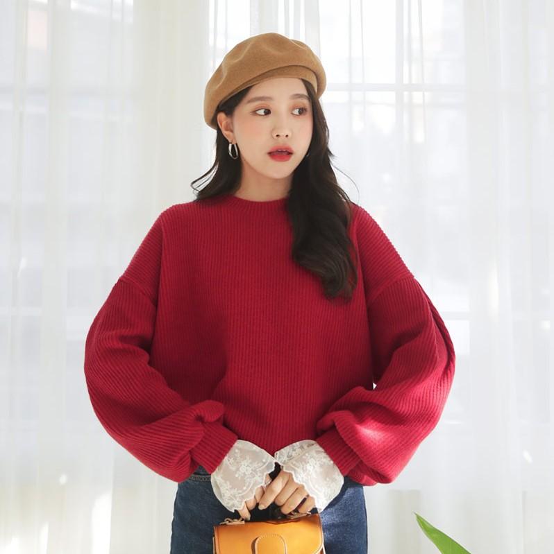 韩国代购蕾丝袖口上衣时尚起义2018冬装新款落肩设计卫衣女761247