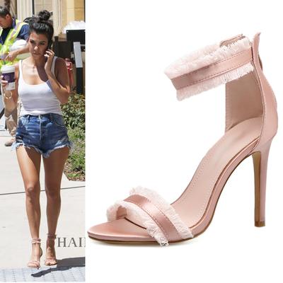2018年夏季新品女鞋欧美明星街拍粉红色性感细跟流苏拉链T台凉鞋