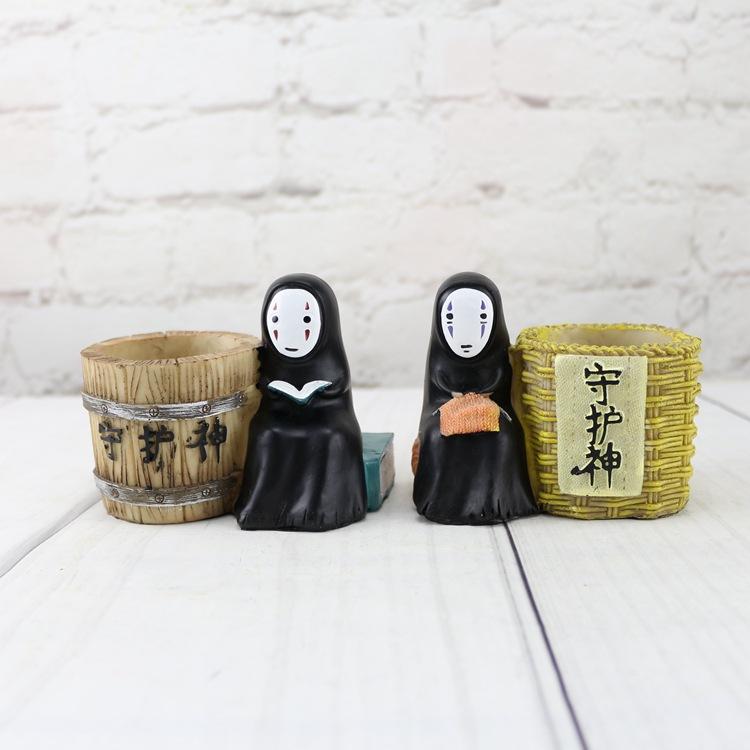 宫崎骏无脸男笔筒笔插学生桌面摆件 树脂工艺品家居装饰品摆设